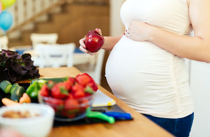 10 Pregnancy Super Food Products That You Must Have!