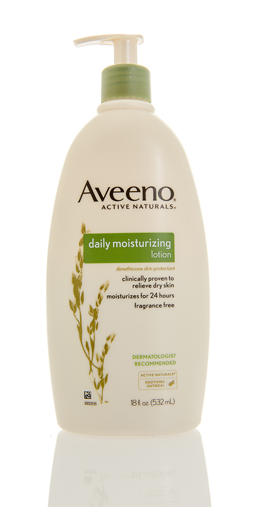 Aveeno Active Naturals Daily Moisturizing Lotion Review | Beauty Glitch