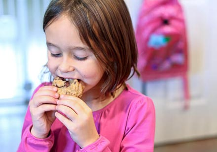9-Things-That-Cookies-Can-Do-To-Your-Body!_2