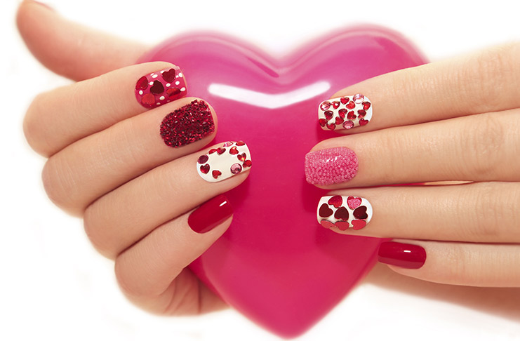 10 Valentine\'s Day Nail Art Designs That Are Easy And Fun To Do!