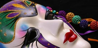 6 Mardi Gras 2017 Must Have Items To Make It The Biggest And Best Carnival!