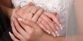 12 Easy Wedding Nail Designs for the Perfect Bride