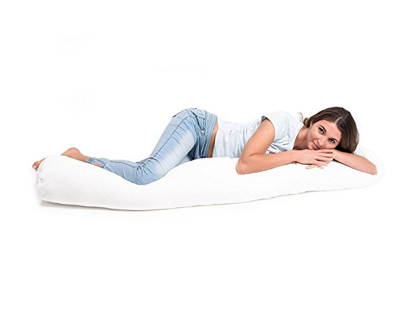 What Is A Pregnancy Pillow : Benefits, Shapes, and Uses