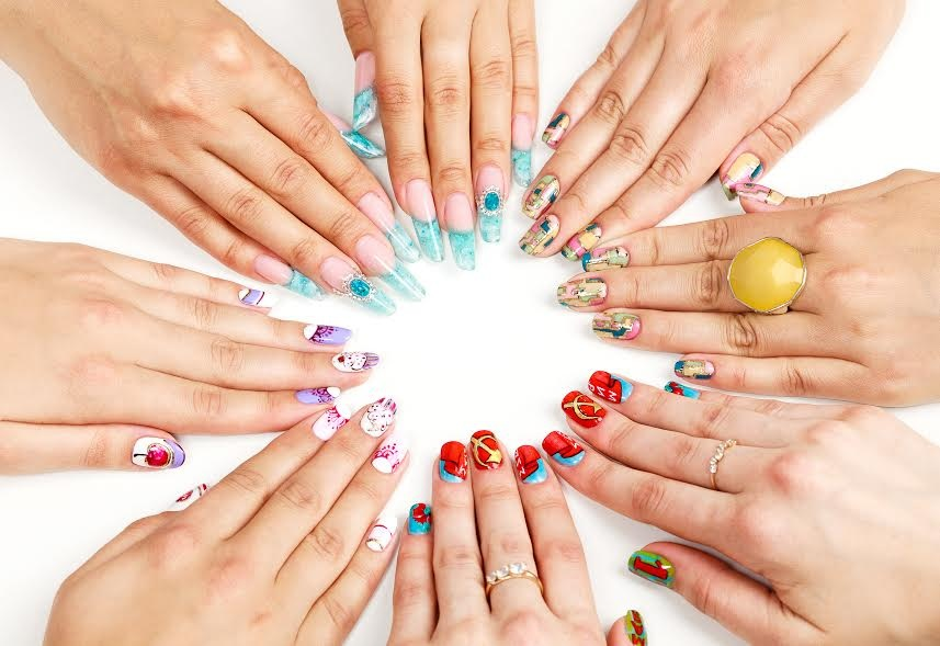 Acrylic Nail Art Designs | Easy Nail Polish Designs for Fake Nails
