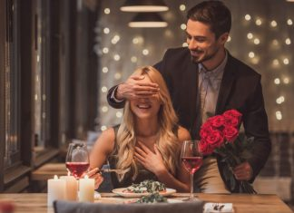 Wedding Anniversary Celebration Ideas Which Will Make Your Partner Fall In Love All Over Again!