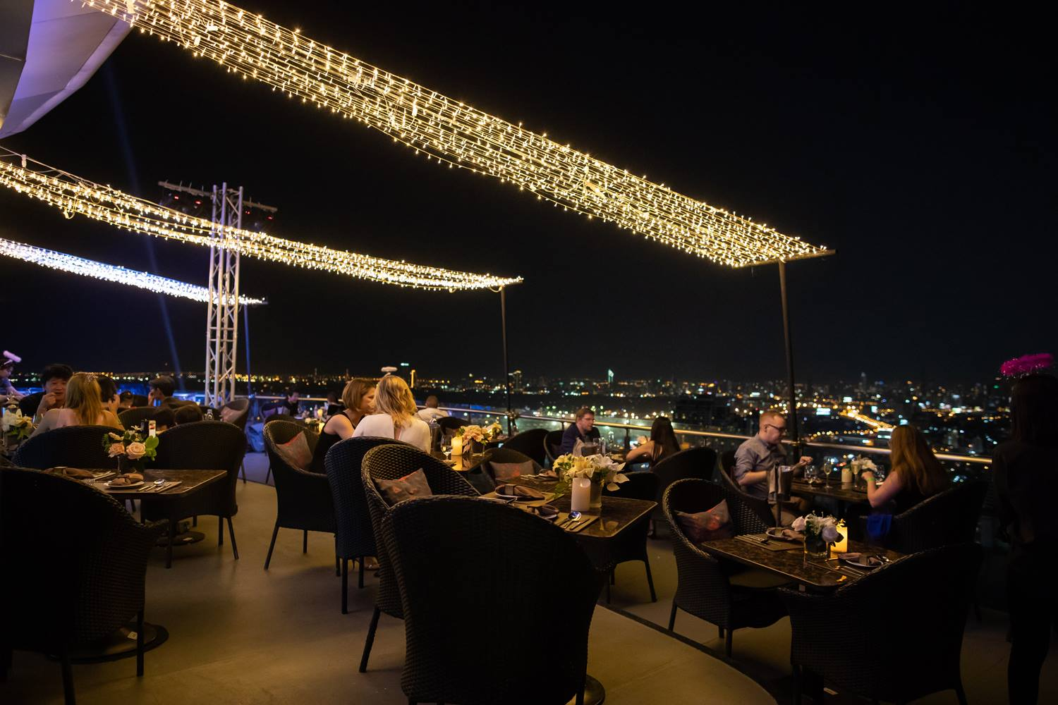 Have A Fine Dining in Bangkok at Cielo Sky Bar & Restaurant