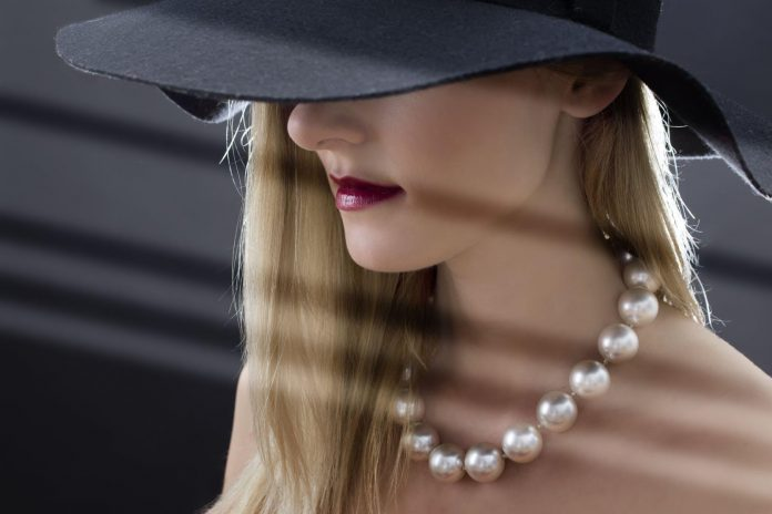 10 Ways to make pearls part of your daily fashion regime