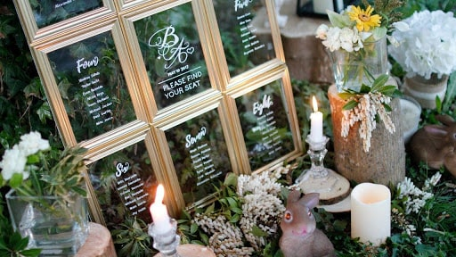 Unique ways to use mirrors in Wedding décor.